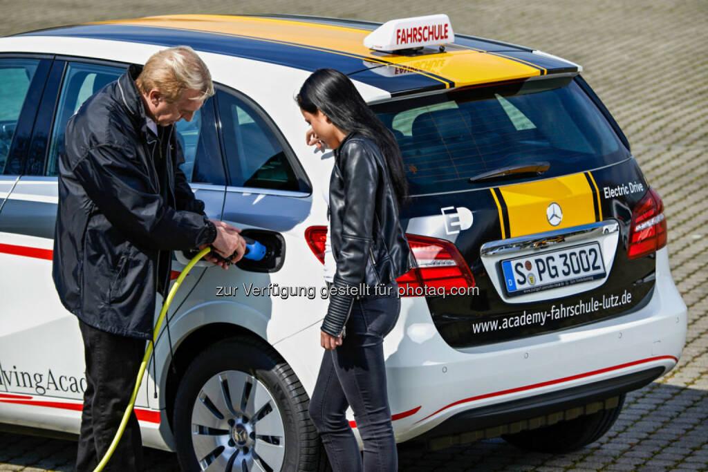 Daimler bringt Elektromobilität in Fahrschulen , © Aussendung (11.04.2015)