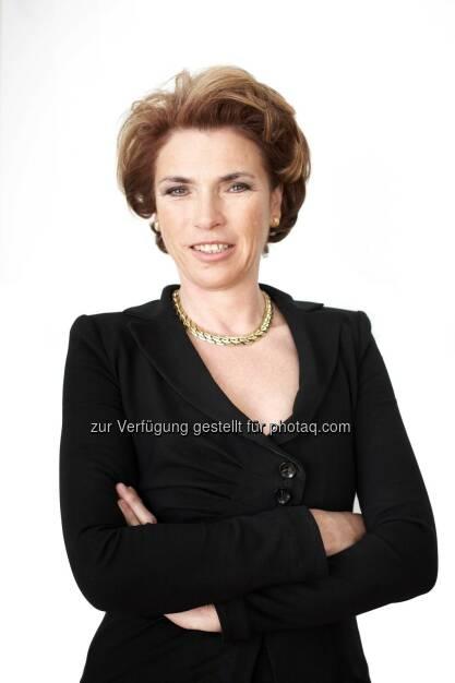 Daniela Witt-Dörring gewinnt Immobilienpreis Cäsar 2014 in der Kategorie Real Estate Consultants, © Aussendung (13.04.2015)