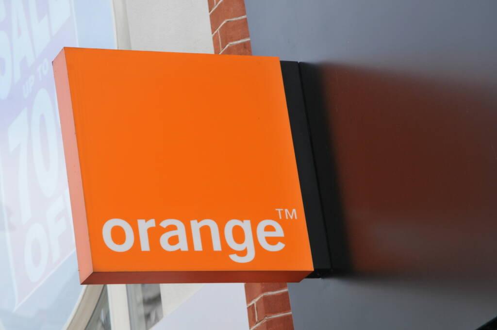 Orange Telecom, Logo <a href=http://www.shutterstock.com/gallery-280333p1.html?cr=00&pl=edit-00>Lucian Milasan</a> / <a href=http://www.shutterstock.com/editorial?cr=00&pl=edit-00>Shutterstock.com</a>, © www.shutterstock.com (14.04.2015)