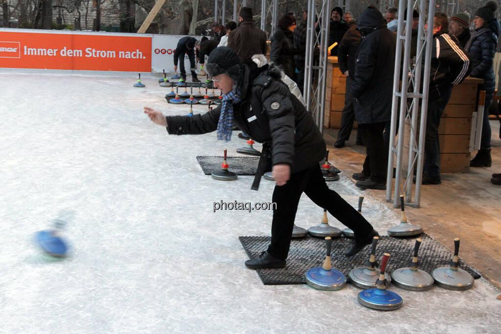 Dieter Kerschbaum (ESPA – Pressesprecher) - Eisstockschiessen mit der Erste Immobilien KAG , © Herbert Gmoser für finanzmarktfoto.at (21.02.2013)