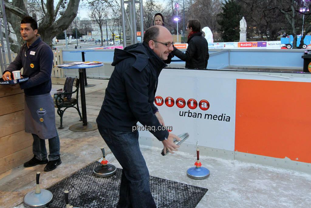 Franz Gschiegl - Eisstockschiessen mit der Erste Immobilien KAG , © Herbert Gmoser für finanzmarktfoto.at (21.02.2013)