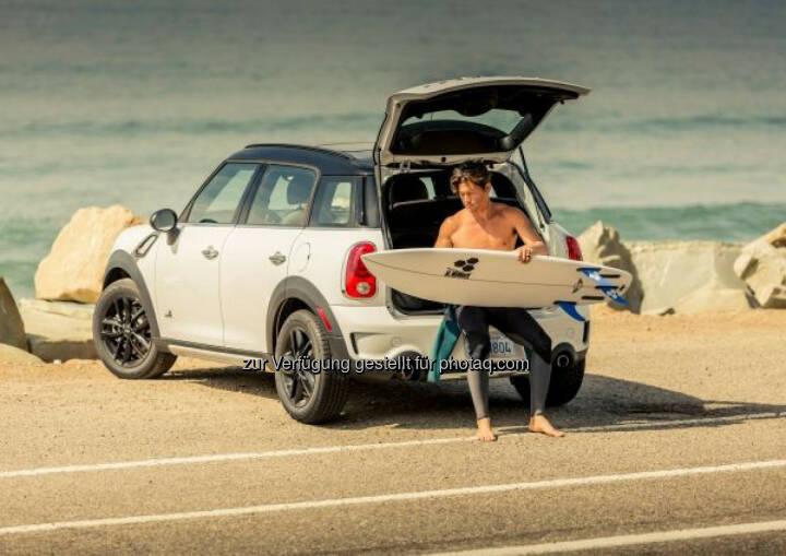 """""""The Mini"""" – das weltweit erste Mini Surfboard. Eine Kooperation mit der legendären Surfboardschmiede Channel Islands."""