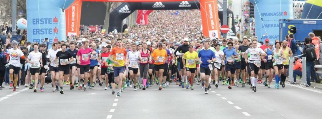 Runplugged ganz links beim VCM-Startbild - Danke an Markus Steinacher, http://www.sport-oesterreich.at  (16.04.2015)