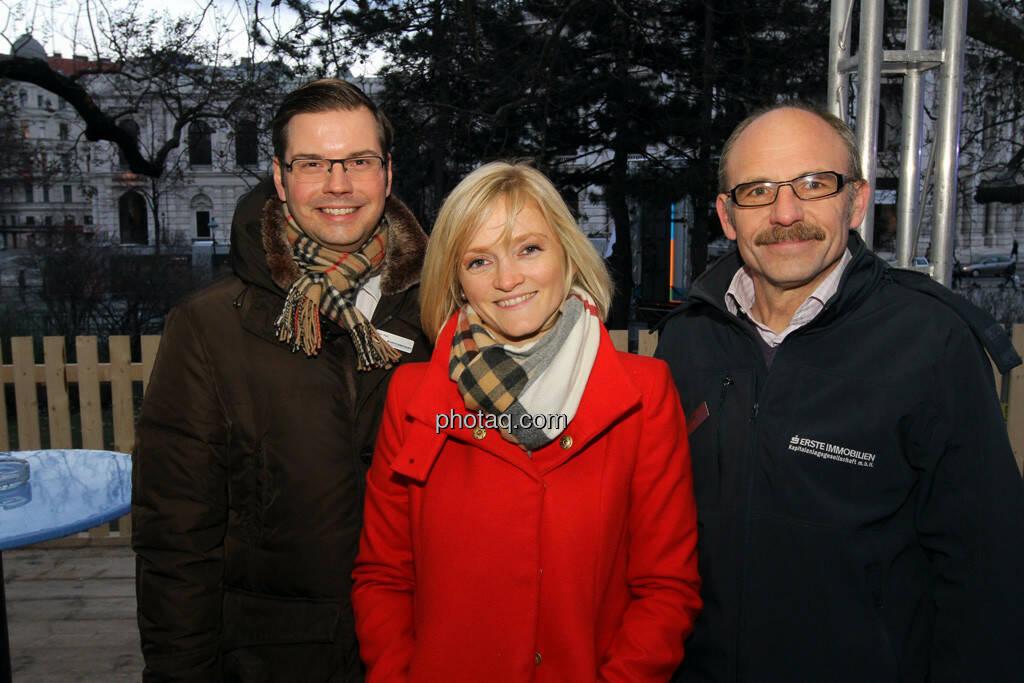 Peter Karl, Ursula Sedunko, Franz Gschiegl - Eisstockschiessen mit der Erste Immobilien KAG , © Herbert Gmoser für finanzmarktfoto.at (21.02.2013)
