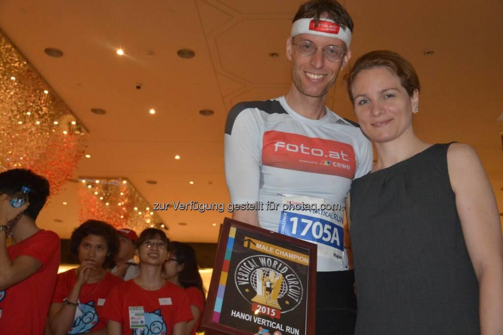 Rolf Majcen und Maria-Helene Fuchs: Rolf Majcen siegt in Hanoi - 23. Treppenlauf-Sieg seiner Karriere, © Aussendung (19.04.2015)