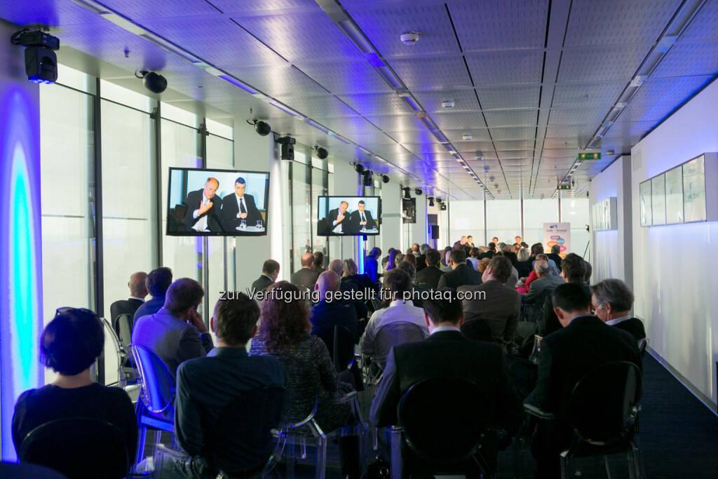 Immofinanz - Talk im Tower, http://blog.immofinanz.com/de/2015/04/21/talk-im-tower-die-vierte-russland-die-sanktionen-und-die-folgen/  , © Martina Draper für Immofinanz (21.04.2015)