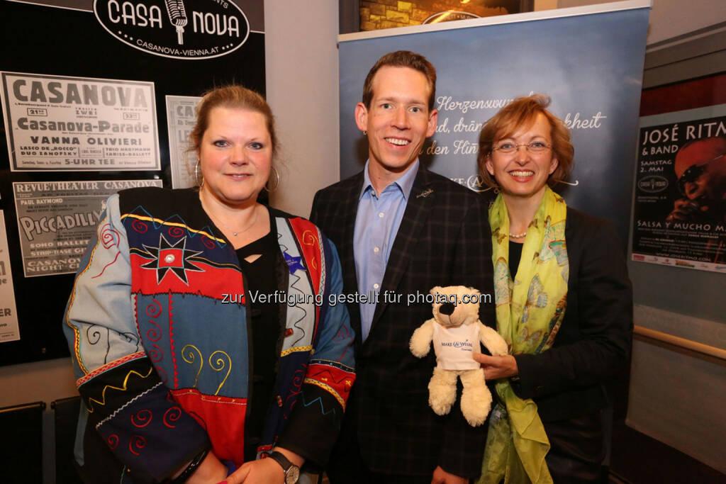 M-A-W-CEO Birgit Pasching, M-A-W-Vizepräs. Eugen Schmidt, M-A-W-Präs. Doris Regele, © Conny de Beauclair (21.04.2015)