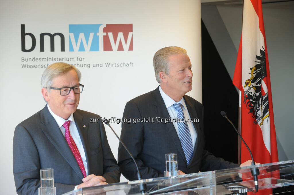 EU-Kommissionspräsident Jean-Claude Juncker und Vizekanzler Mitterlehner, Bundesministerium für Wissenschaft, Forschung und Wirtschaft: Juncker-Besuch bei Mitterlehner: EIB wählt Projekte des Investitionsfonds aus (21.04.2015)