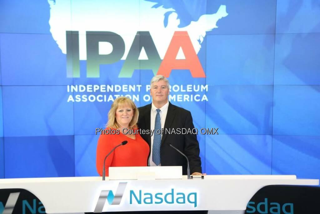 Independent Petroleum Association of America rings the Nasdaq Closing Bell!  #OGISNY  Source: http://facebook.com/NASDAQ (22.04.2015)