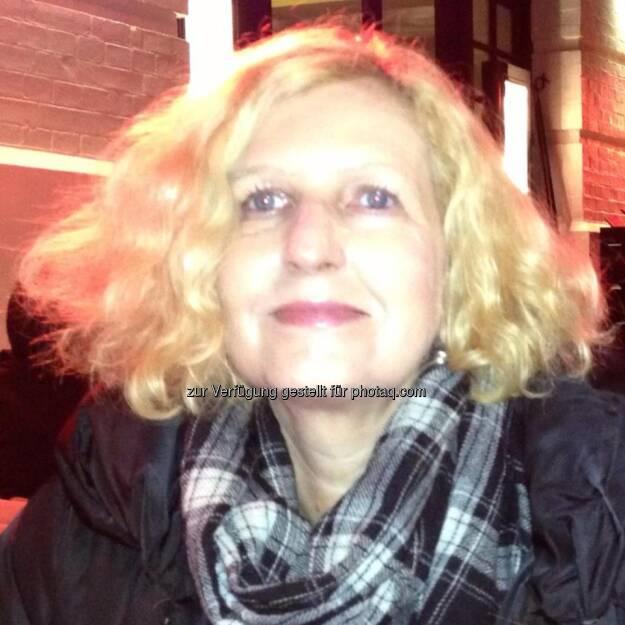 Angela Sellner, Wirtschaftsjournalistin (23. Februar) - finanzmarktfoto.at wünscht alles Gute!, © entweder mit freundlicher Genehmigung der Geburtstagskinder von Facebook oder von den jeweils offiziellen Websites  (23.02.2013)