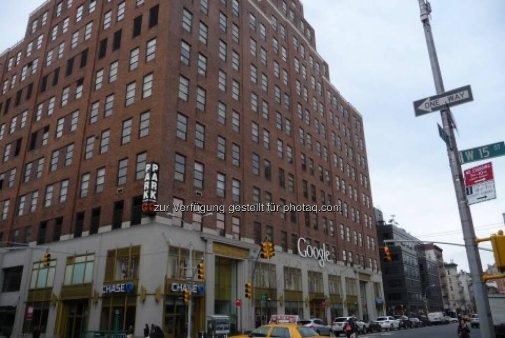 Google: Ich besuchte mal die neue Zweigstelle in New York auf der 8th Avenue in Chelsea ... Tim Schäfer, siehe http://www.christian-drastil.com/2013/02/23/google-sympathisch-faszinierend-ein-value-investment-tim-schaefer/  (23.02.2013)