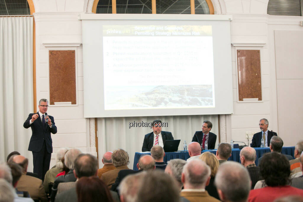 Edward Karr (Strategic Asset), © photaq/Martina Draper (27.04.2015)