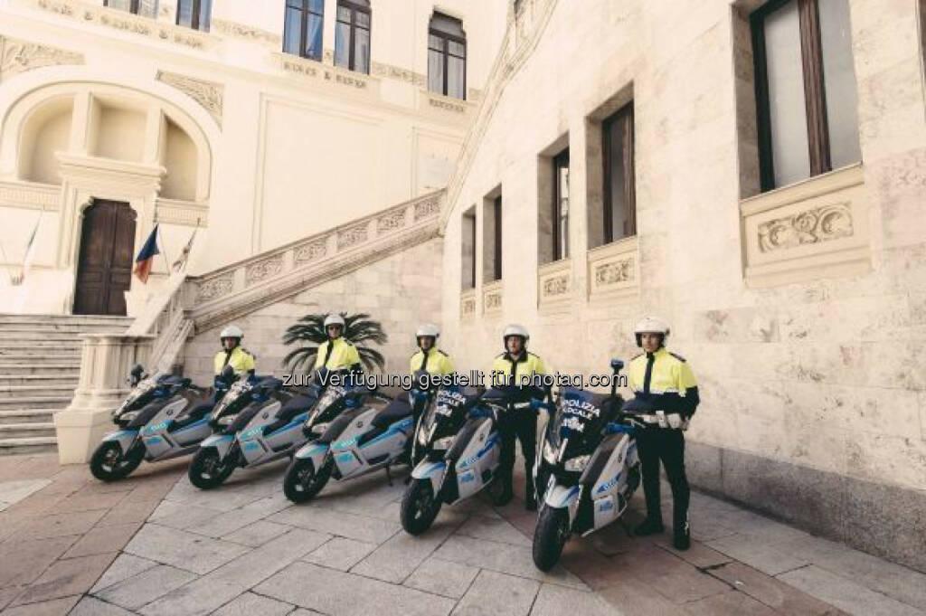 BMW Motorrad stattet Polizei in Sardiniens Hauptstadt mit 15 BMW C evolution aus. Emissionsfreie und effiziente Polizeieinsätze nach Barcelona nun auch in Cagliari., © Aussendung (29.04.2015)