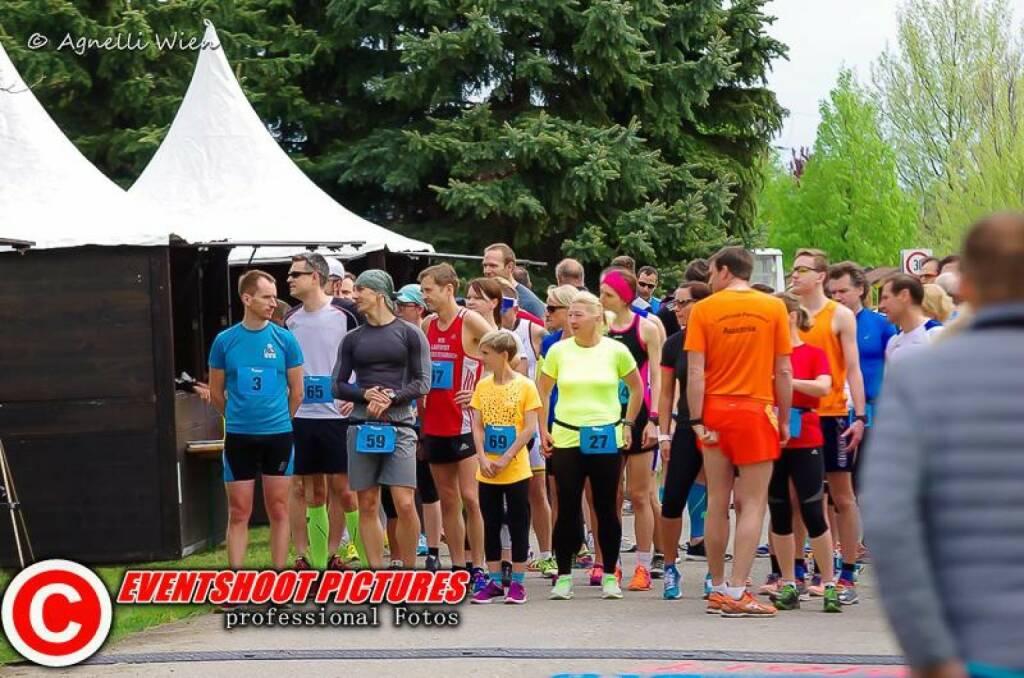 Start 1. Push your Limit Run  © Agnelli Wien (02.05.2015)