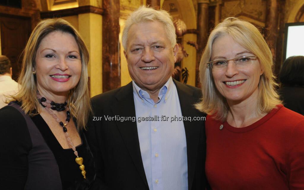 Raphaela Vallon-Sattler, Erich Buxbaum, Martina Hörmer beim IAA Business Communication Lunch, mit Franz Fischler und Christina Weidinger (c) ORF/Thomas Jantzen (25.02.2013)