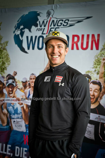 Marcel Hirscher poses for a portrait before the start at Wings for Life World Run in St. Poelten, Austria on May, 3rd 2015. // Mirja Geh for Wings for Life World Run // Please go to www.redbullcontentpool.com for further information. // , © © Red Bull Media House (04.05.2015)