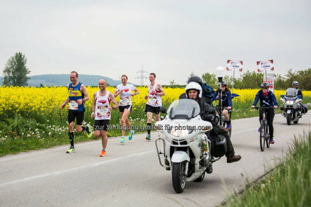 Participants perform at the Wings for Life World Run in St. Poelten, Austria on May, 3rd 2015. // Philipp Greindl for Wings for Life World Run //Please go to www.redbullcontentpool.com for further information. // , © © Red Bull Media House (04.05.2015)