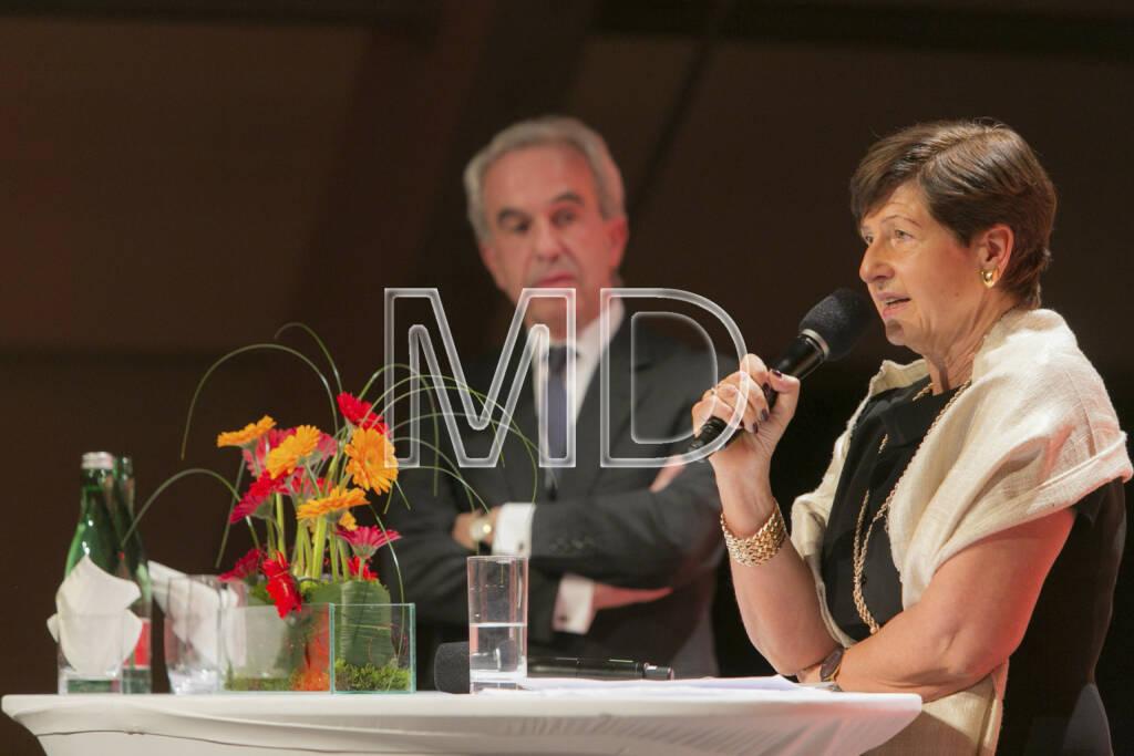 Rudolf Scholten (Aufsichtsratsvorsitzender Prisma Kreditversicherungs AG), Bettina Selden (Vorstand Prisma Kreditversicherungs AG), © Martina Draper (25.02.2013)