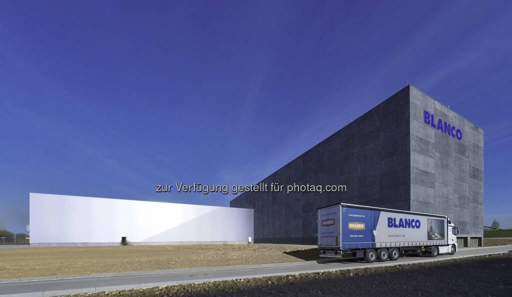 Spülen- und Armaturenspezialist Blanco hat seinen Standort Bruchsal ausgebaut und rund 20 Millionen Euro in die Erweiterung seines Logistikzentrums investiert., © Aussender (06.05.2015)