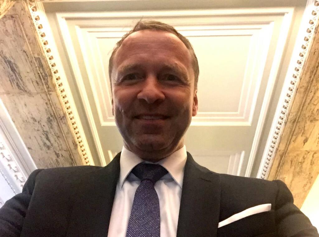 Selfie Frank Weingarts, UniCredit (07.05.2015)