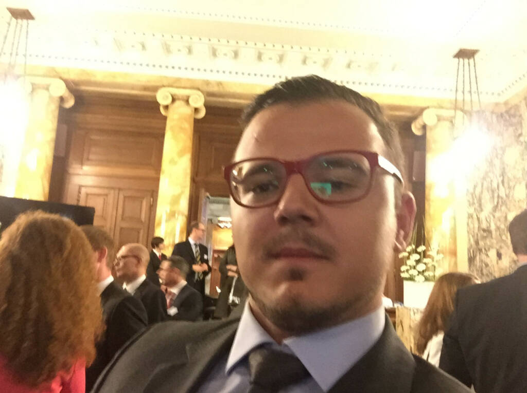 Selfie Michael Plos, Börse Express (07.05.2015)
