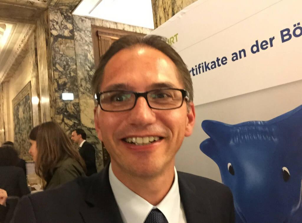 Selfie Alexander Irza, Erste Group (07.05.2015)