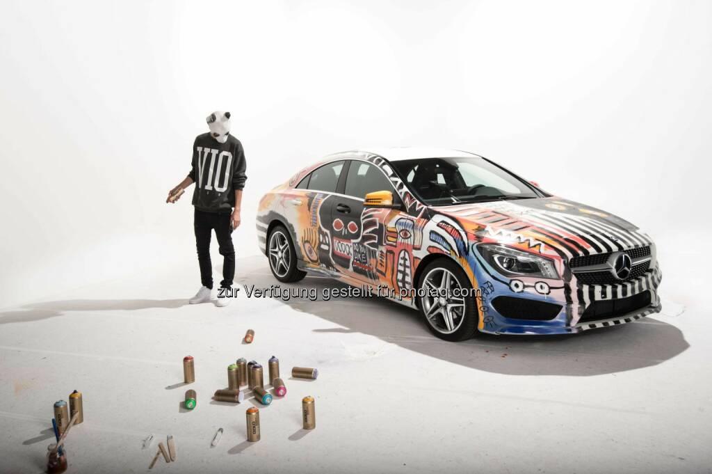 Mercedes-Benz geht mit dem von Rapper CRO designten CLA StreetStyle auf Deutschlandtour: CLA StreetStyle designed by CRO, © Aussender (15.05.2015)