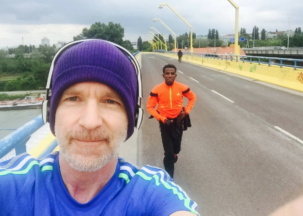 Christian Drastil, Lemawork Ketema beim Run (17.05.2015)