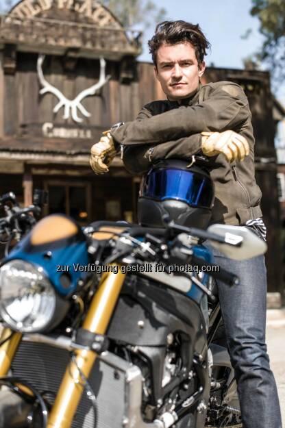 """BMW Motorrad und Orlando Bloom präsentieren die BMW S 1000 R Custom. Michael """"Woolie"""" Woolaway von Deus Ex Machina verwirklicht Orlando Blooms Vision des Custom Bikes., © Aussendung (18.05.2015)"""