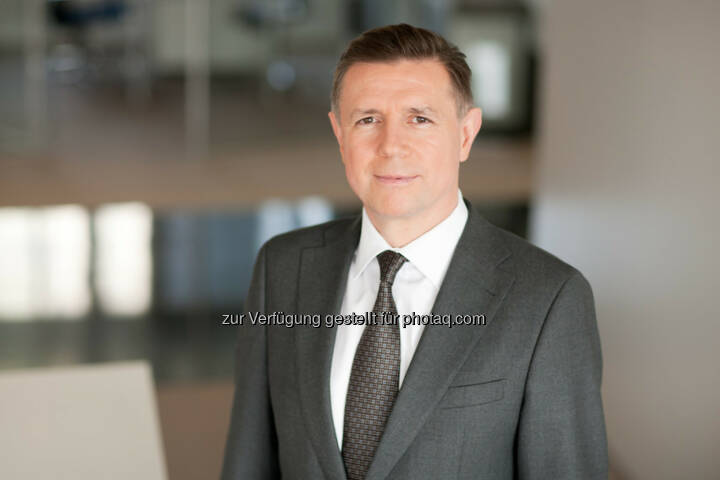 Karl-Josef Schneiders, Geschäftsführer der Credit Suisse Asset Management Immobilien Kapitalanlagegesellschaft mbH: Büroportfolio mit 19 Objekten von Credit Suisse Real Estate Investment Management an Orion European Real Estate Fund IV verkauft