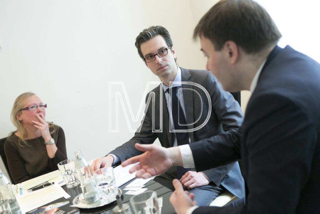Christa Grünberg (Börse Express), Thomas Motsch (Senior Fund Manager ESPA), Georg Hotar (CEO Photon Energy), © Martina Draper für BE (01.03.2013)