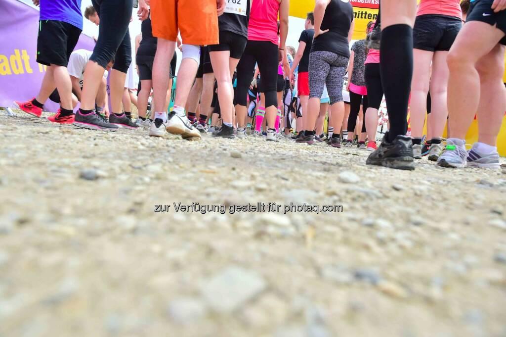x cross run seestadt aspern, Beine, Füße, © www.sportograf.com (30.05.2015)
