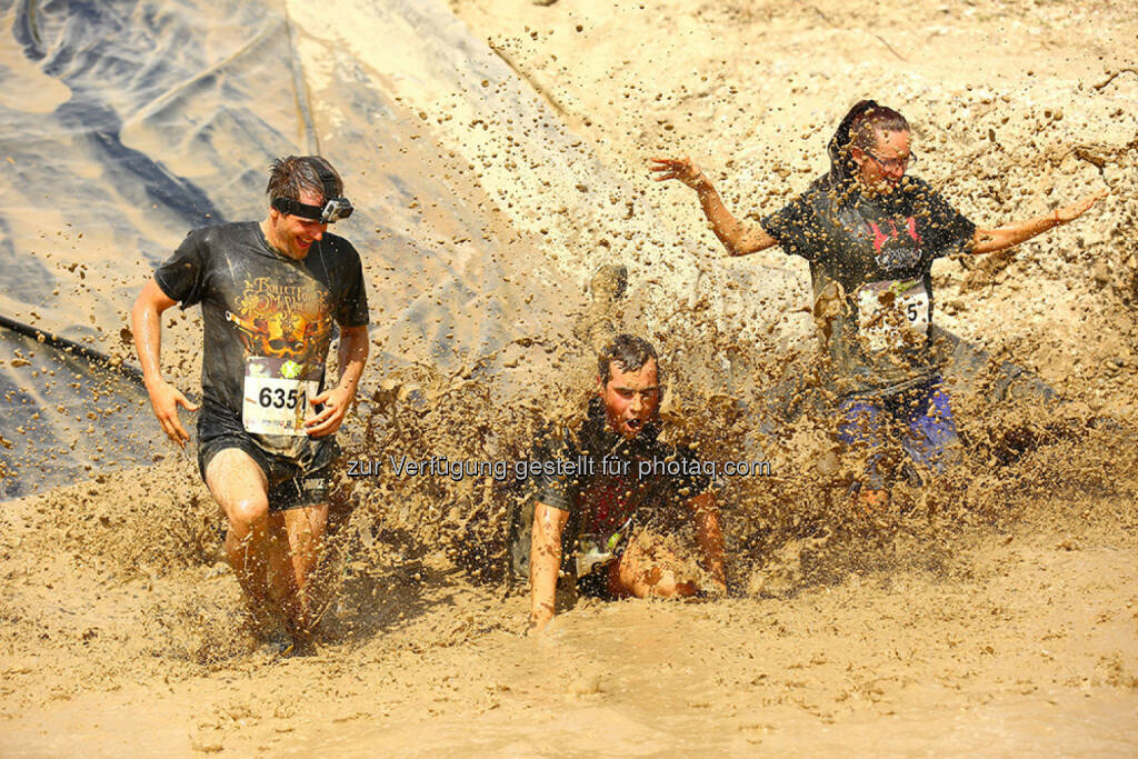 x cross run seestadt aspern, crash, Sturz, Sprung, © www.sportograf.com (30.05.2015)