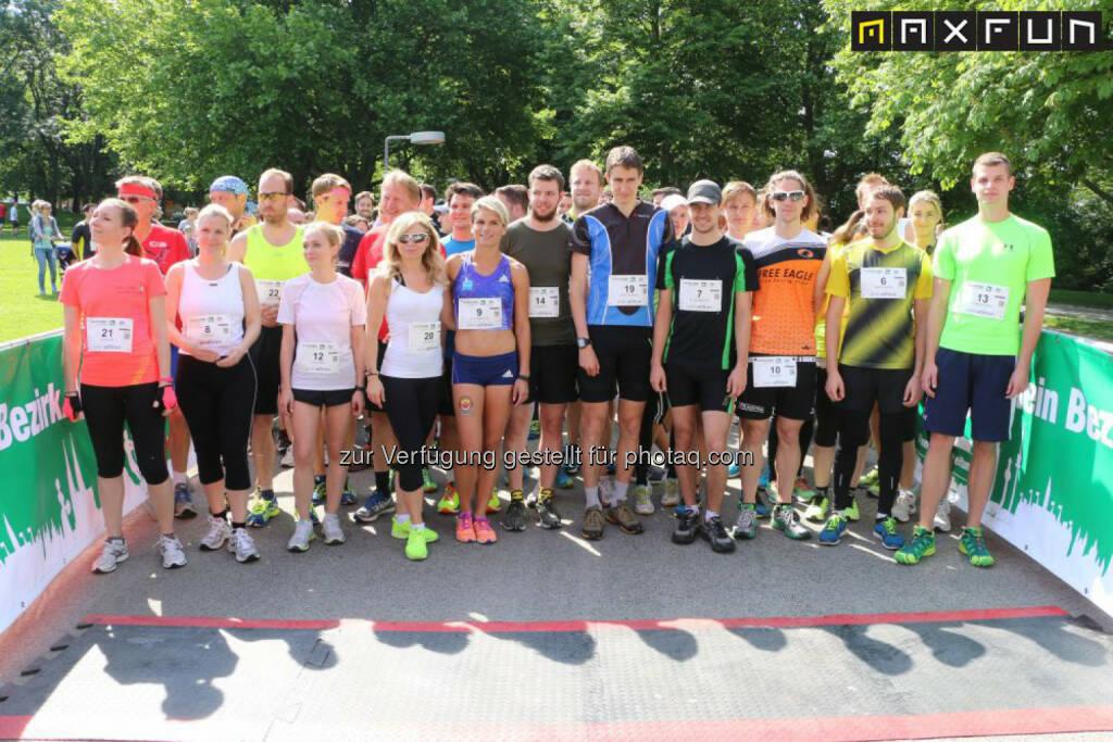 Wienathlon, die Starter für die einzelnen Wiener Bezirke, © MaxFun Sports (31.05.2015)