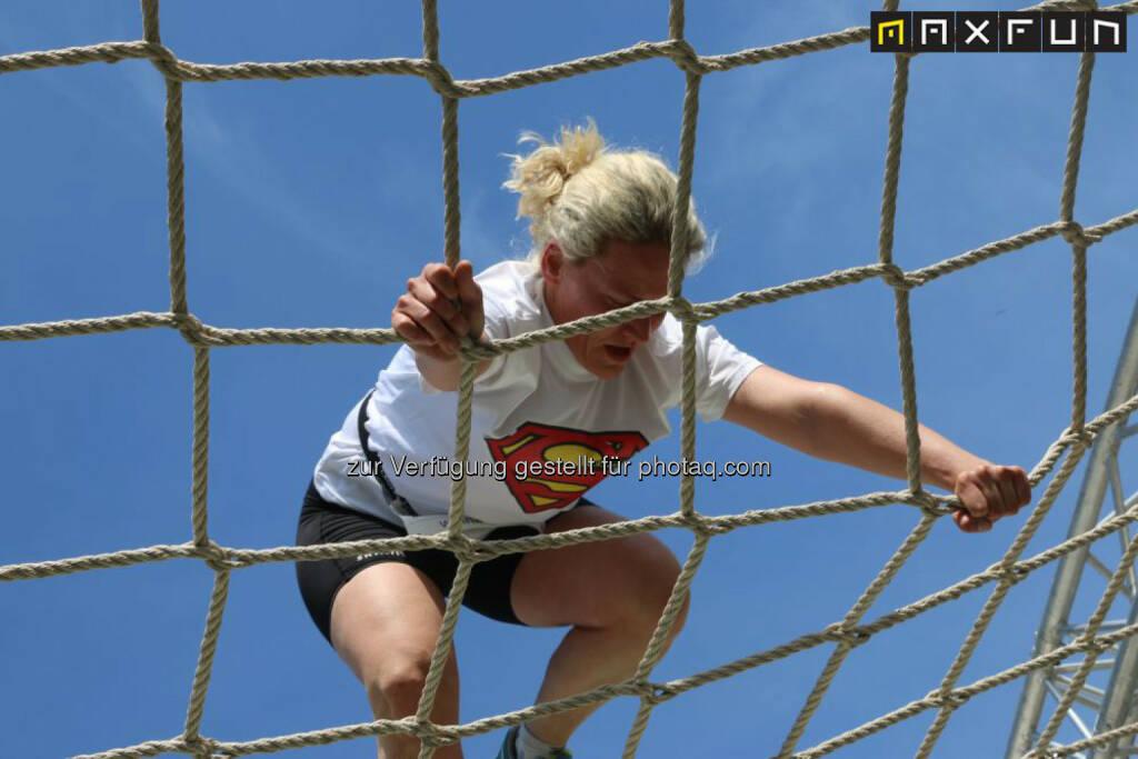 Wienathlon, Superman, Netz, © MaxFun Sports (31.05.2015)
