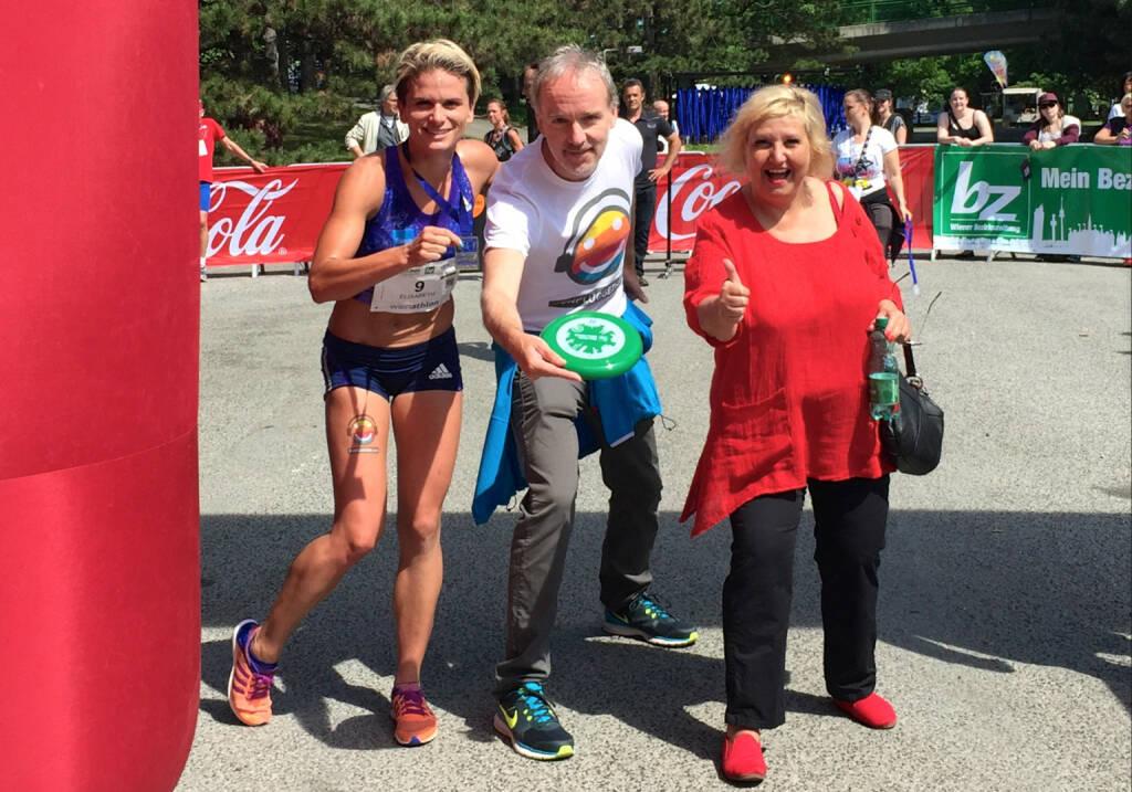 Elisabeth Niedereder (Tristyle Runplugged Runners), Christian Drastil (Laufbotschafter 1090 Wien), Martina Malyar (Bezirksvorsteherin 1090 Wien) (31.05.2015)