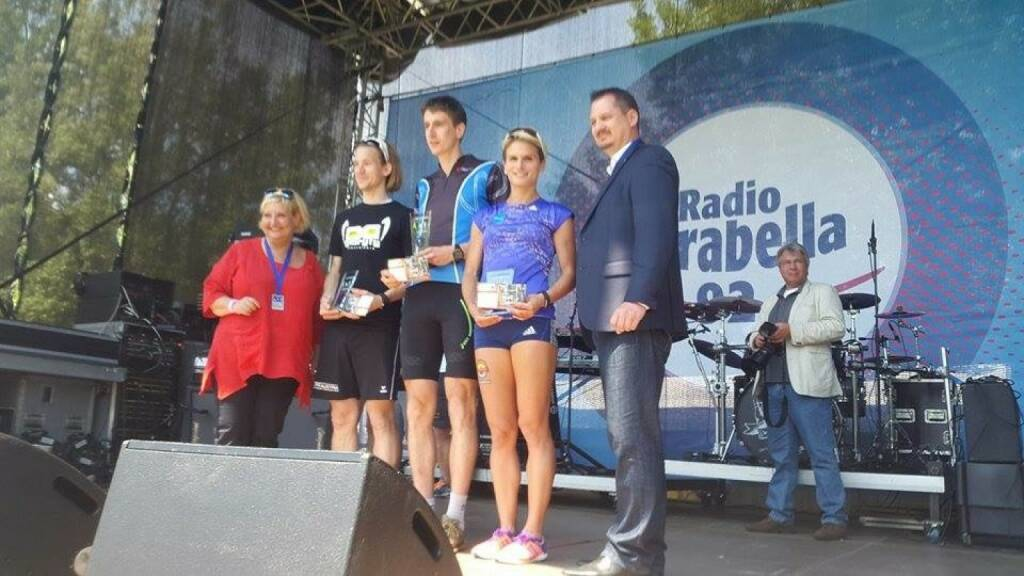 Siegerehrung Wienathlon mit Martina Malyar und Elisabeth Niedereder (31.05.2015)