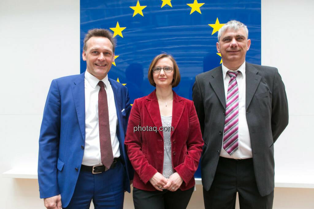 Johann Sollgruber (Leiter der Vertretung der EU-Kommission in Ö), Gabriele Zgubic (AK Wien), Bernd Lausecker (VKI), © photaq/Martina Draper (01.06.2015)