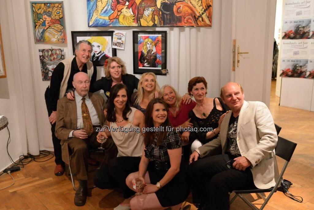 Kunstfans mit Künstlerinnen Sonjuschka Golovanov und Lisa Grüner (C) Johannes Asenbaum, © Robert Rieger, Manfred Schmid, Johannes Asenbaum, Peter F. Hickersberger (02.06.2015)