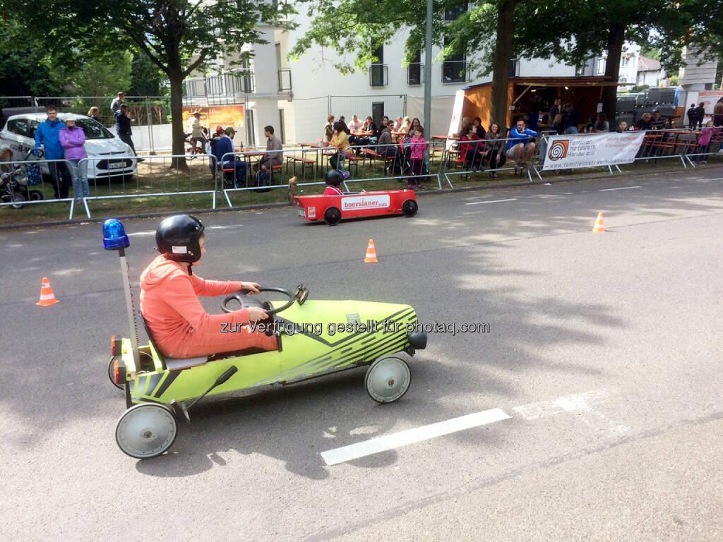 Hanauer Seifenkisten-Rennen, boersianer.info, © Uli Hanke (02.06.2015)
