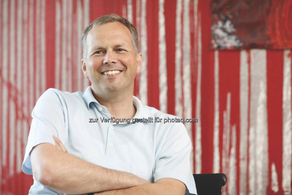 Horst Pirker, Vorstand Saubermacher, als Cover-Autor (Fotocredit Manstein/Michalski - mit grossem Dank für die Zur-Verfügung-Stellung) (05.03.2013)