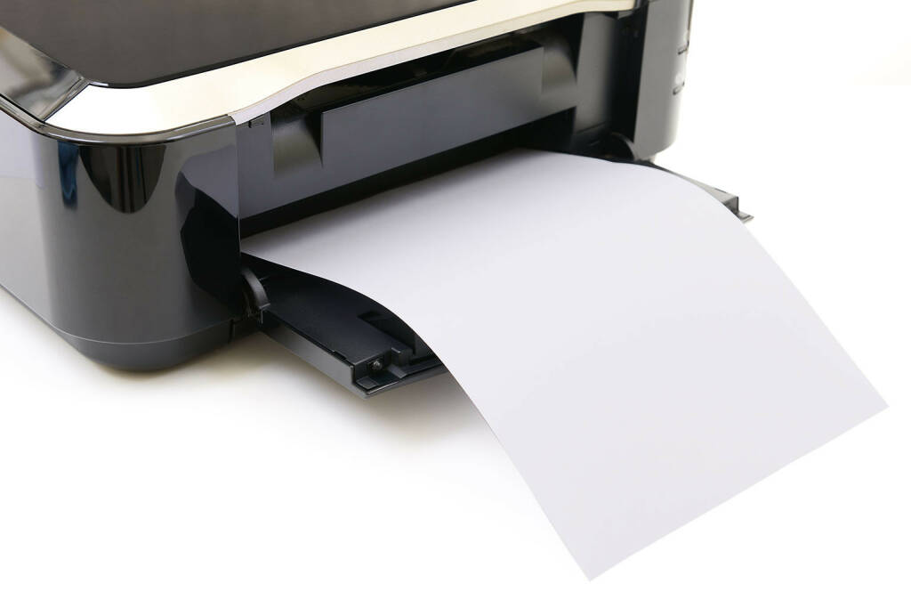 Drucker, Papier, Ausdruck, Dokument http://www.shutterstock.com/de/pic-159902264/stock-photo-printer-and-paper-isolated-on-white-background.html, © www.shutterstock.com (03.06.2015)