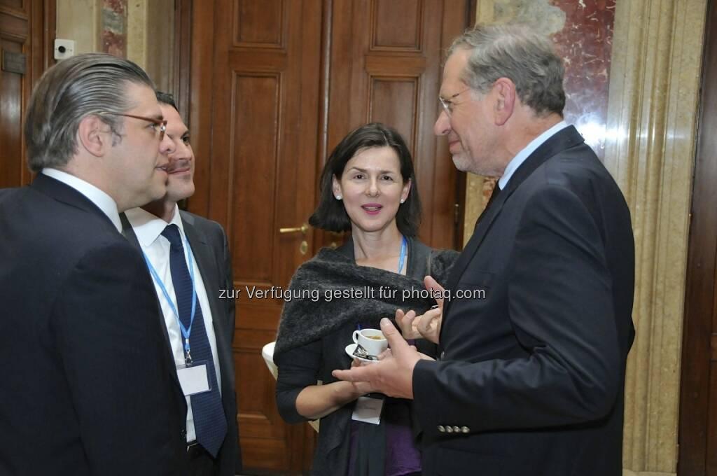 Wilhelm Rasinger (IVA, rechts) (15.12.2012)