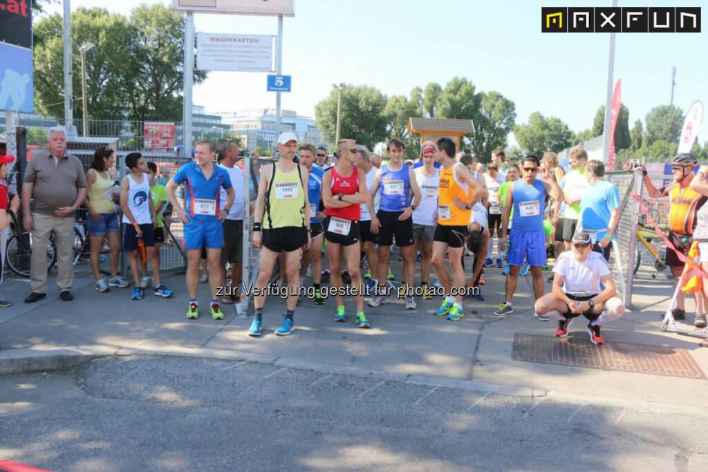 Brigittenauer Bezirkslauf, vor dem Start, © MaxFun Sports (08.06.2015)