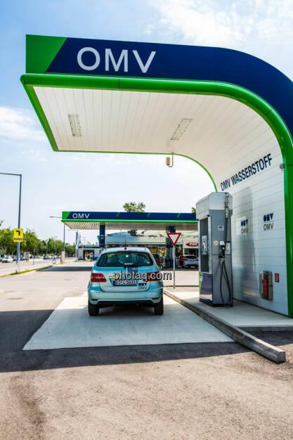 Wasserstoffauto der OMV, Wasserstoff Tankstelle, © photaq/Martina Draper (10.06.2015)