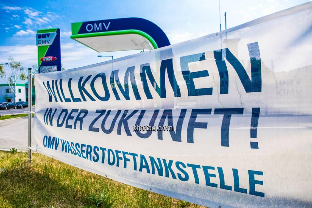 OMV, Willkommen in der Zukunft, © photaq/Martina Draper (10.06.2015)