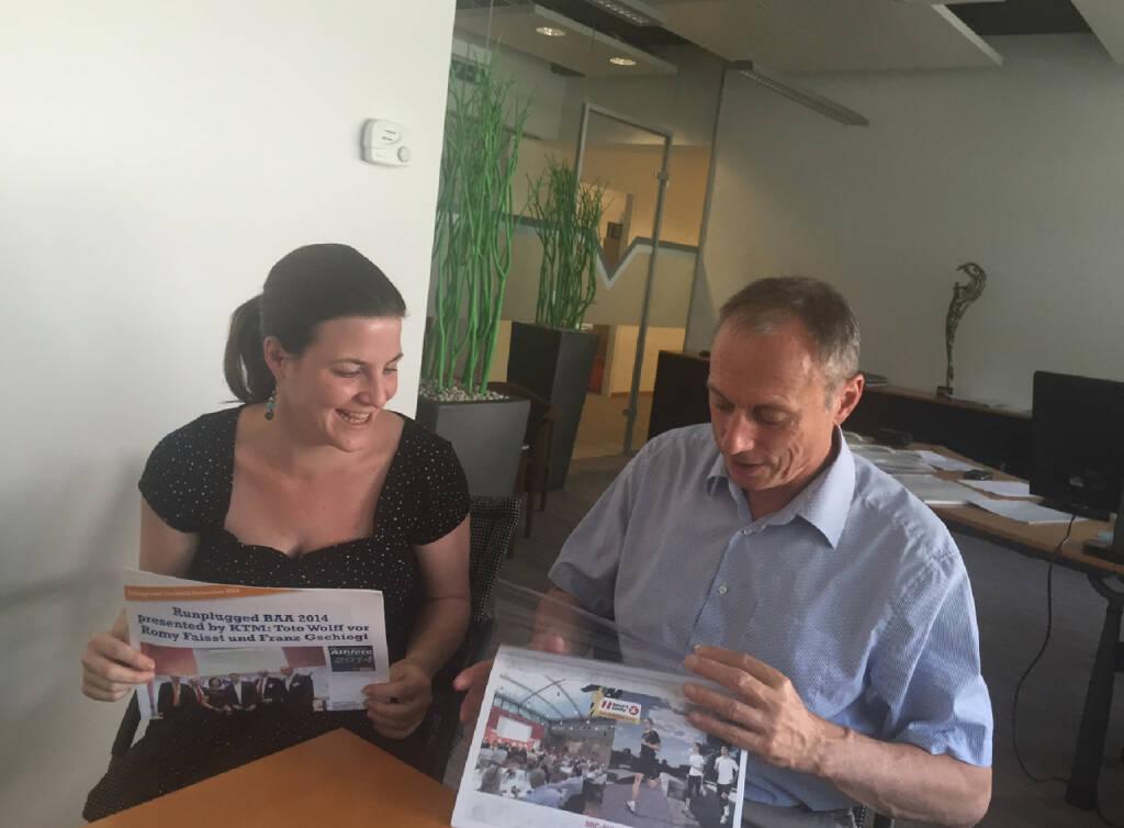 Christina Gassner und Toni Schutti Sporthilfe - ein Go für den Runplugged Business Athlete Award 2015 und Spannendes zu einem Managerrun davor (10.06.2015)