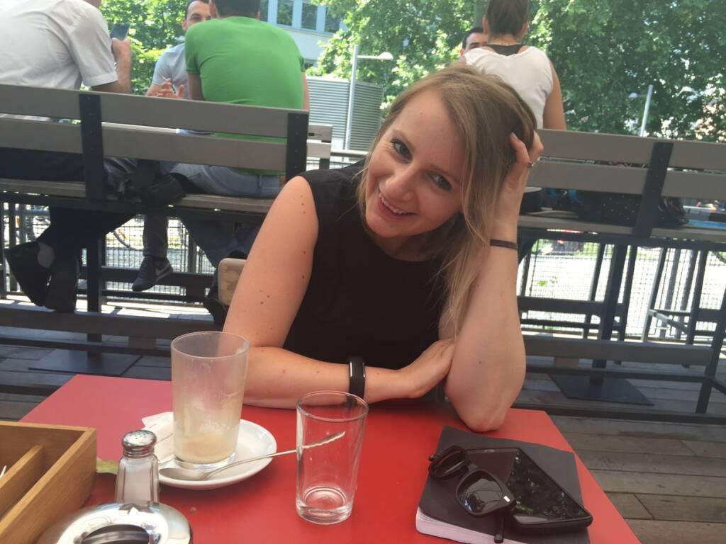 Mit Lisa Oberndorfer im Heuer am Karlsplatz über das Valley, Fillmore, BSN und vieles mehr quatschen (12.06.2015)