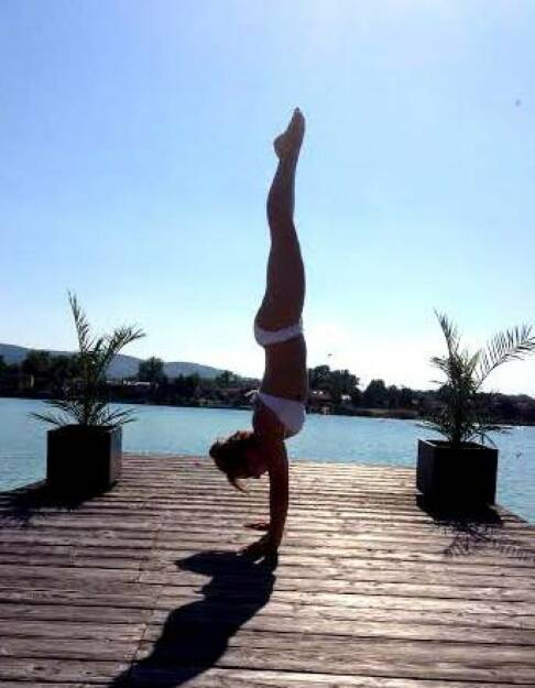 Handstand Sommer - Tristyle Physiotherapeutin Petra Lebersorger http://www.physiotherapie-petra.at, © Diverse  (17.06.2015)
