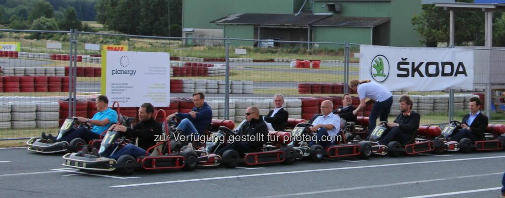 LR Helmut Bieler, Alex Luidolt (AKB Stmk.), Thomas Sykora, Raimund Baumschlager, Peter Püspök (EEÖ), Bgm. Engelbert Kenyeri, Hannes Hauptmann (Akbö), Jurrien Westerhof (EEÖ), Hubert Seiringer (Akbö) : ARGE Kompost & Biogas Österreich: 1. Biomethan-GoKart-Rennen in Rechnitz, (C) Akbö, © Aussendung (17.06.2015)